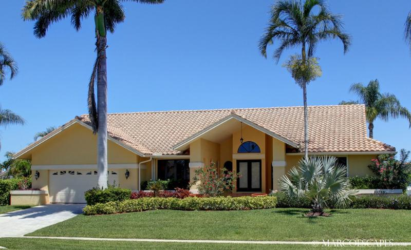 OSPREY COURT - Direct Gulf Access, Walk to the Beach !! - Image 1 - Marco Island - rentals