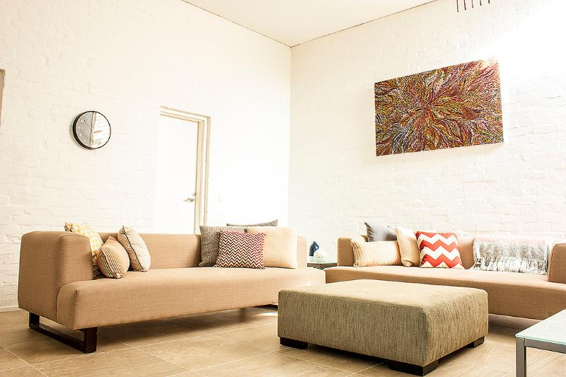 York St - A LUXICO HOLIDAY HOME - Image 1 - Melbourne - rentals