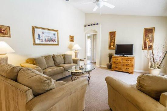 Living Area with Flat Screen TV - OT4P3434SHS 4 Bedroom Swallow Hill Street Near Adventure Theme Parks - Orlando - rentals