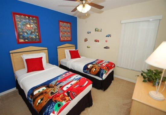 Executive 6 Bedroom 3 Bath Pool Home just minutes from Disney! - Image 1 - Orlando - rentals