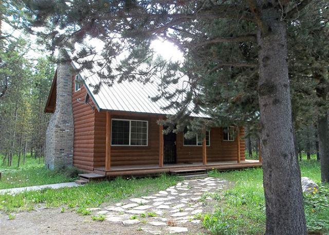 spruce Fly - Spruce Fly is a quaint cabin for the small groups. - Island Park - rentals