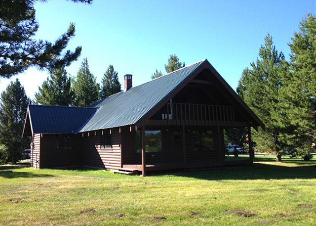 Shoshone Back - Shoshone Cabin is located on the Island Park Village golf course. - Island Park - rentals