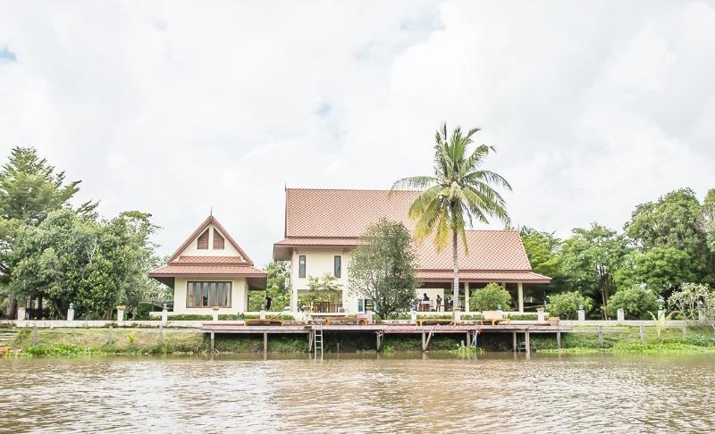 Tharnrarin Villa - Suphan Buri, Thailand - Image 1 - Doem Bang Nang Buat - rentals