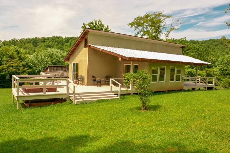 Chestnut Hills Cottage - Image 1 - Stanardsville - rentals