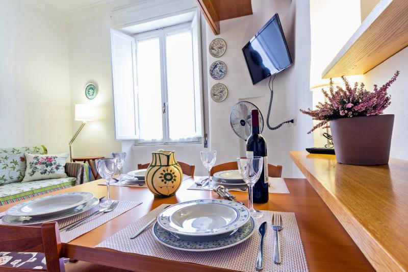 Living Room - 01 - La Scalea di Trastevere Guest House - Rome - rentals