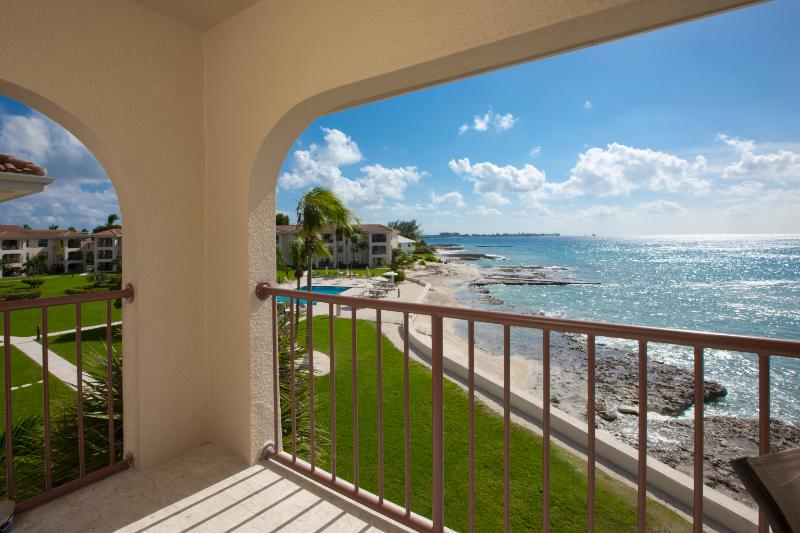 George Town Villas 301 - Image 1 - Seven Mile Beach - rentals