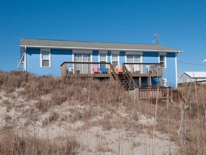 By The Beach - Image 1 - Emerald Isle - rentals