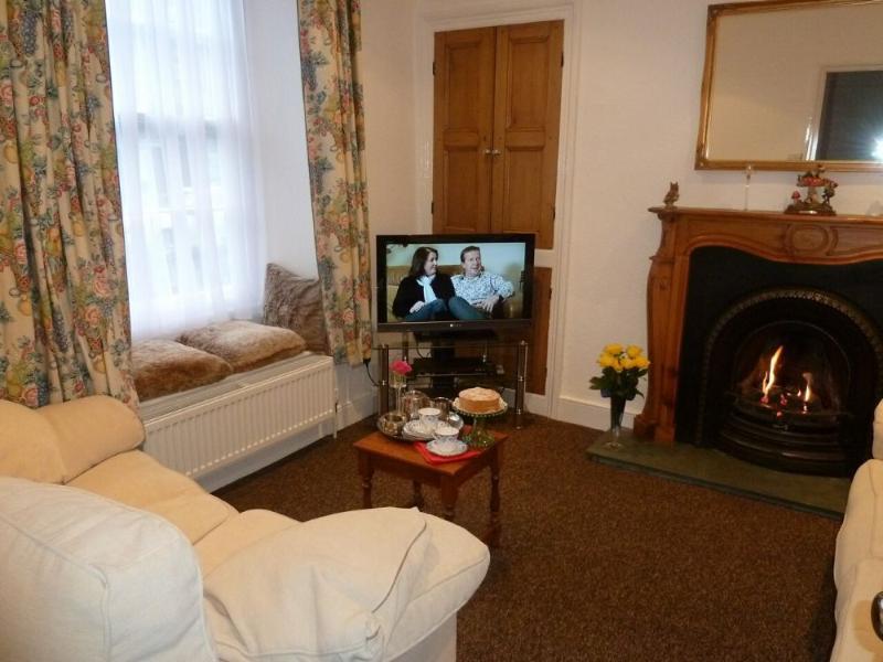 OLD MR BROWN'S, Windermere - - Image 1 - Bowness & Windermere - rentals