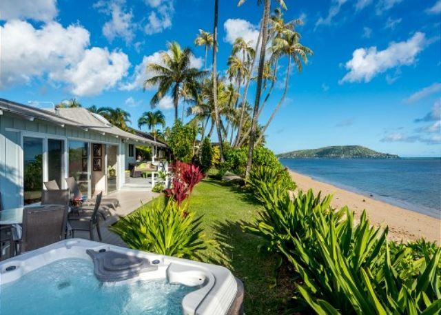 Stay in one of the best reviewed beach homes in all of Honolulu - Image 1 - Honolulu - rentals
