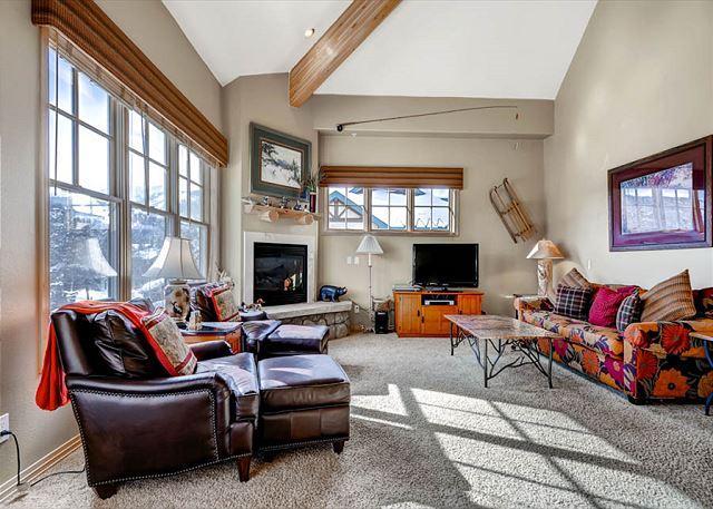 Corral at Breckenridge 307E Condo Downtown Breckenridge Colorado Vacation - Image 1 - World - rentals