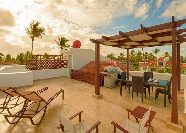 Arenas de Bavaro F302 - Walk to the Beach, Inquire About Discount Promo Code - Image 1 - Punta Cana - rentals