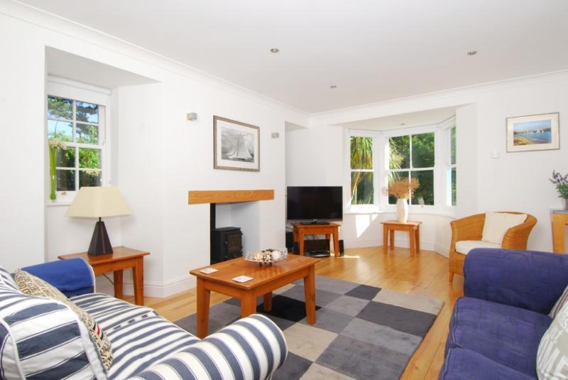Batson House, Salcombe, Devon - Image 1 - Salcombe - rentals