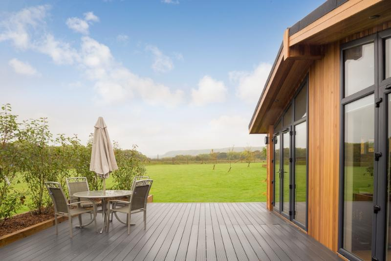 Cedar Lodge, South Downs located in Hassocks, West Sussex - Image 1 - Hassocks - rentals