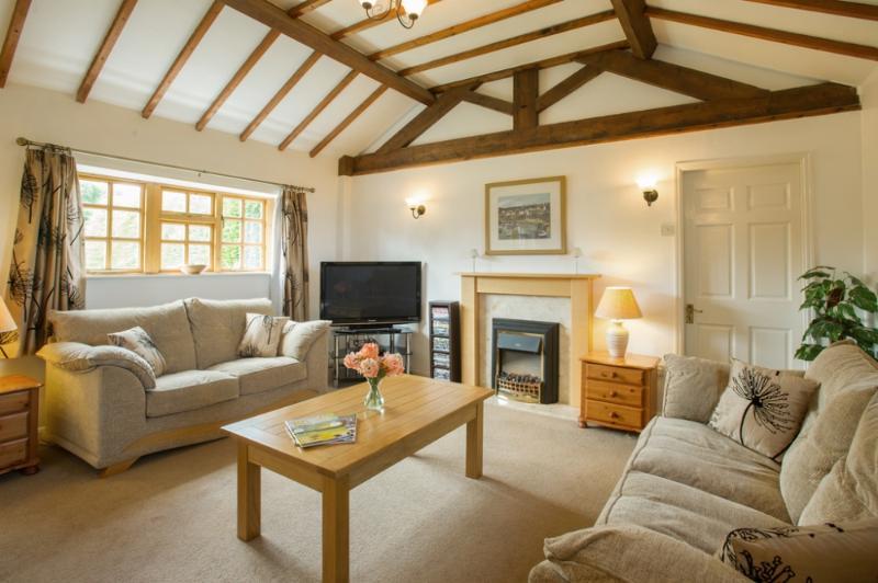 Shepherds Cottage, Bridlington, East Riding of Yorkshire - Image 1 - Bridlington - rentals