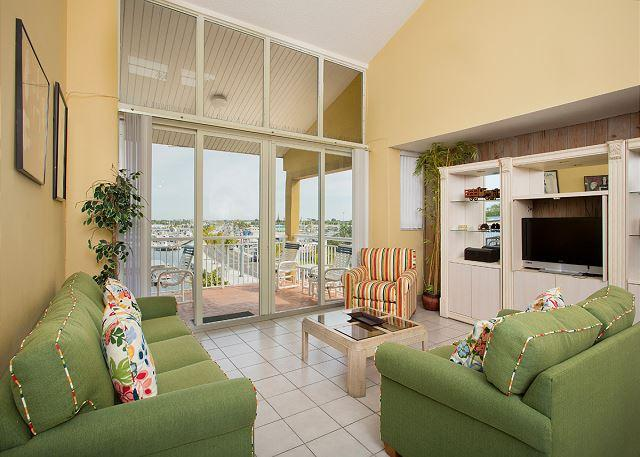 Pelican Landing St. Thomas Penthouse - Image 1 - Key West - rentals