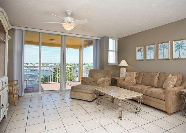Pelican Landing Florida Retreat - Image 1 - Key West - rentals