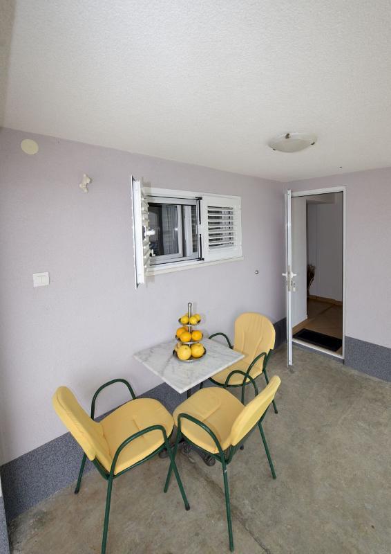 A1(2): terrace - 6013 A1(2) - Okrug Gornji - Okrug Gornji - rentals