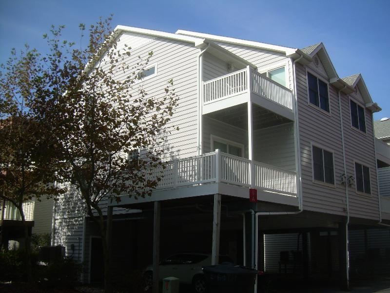 Just Beachy 4 Bedroom  Ocean Block Townhome - Just Beachy 4 bedroom 3 bath townhouse - Ocean City - rentals