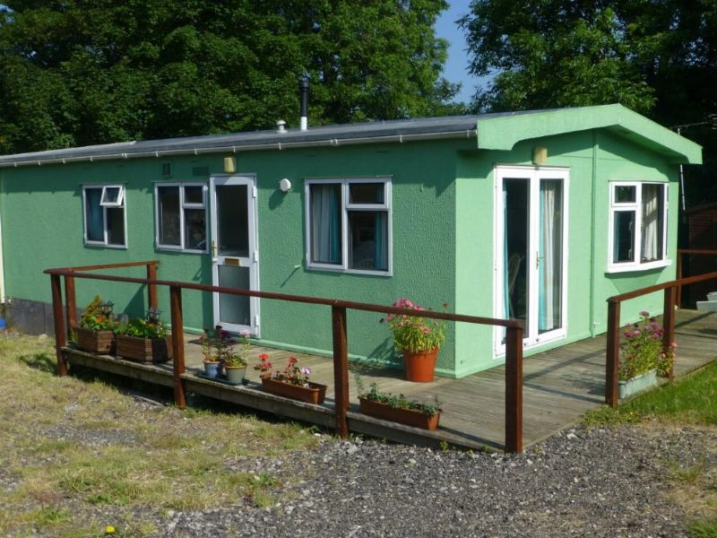 STONEY GARTH CABIN, Appleby - Image 1 - Great Asby - rentals