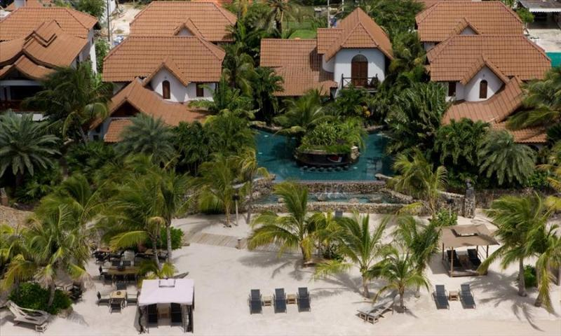 Baoase Luxury Resort Private Pool Villa (1-4 Bedroom) - Image 1 - Willemstad - rentals