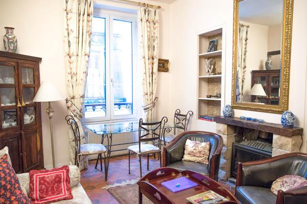 Rue Ferdinand Duval - Classical 1 bed - Metro Saint Paul in the heart of le Marais - Image 1 - Paris - rentals