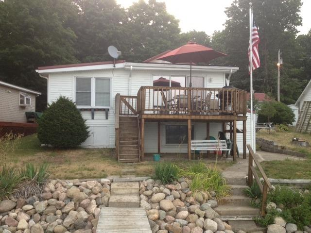 Lake View - The Wellington Lake Cottage on Stone Lake - Middlebury - rentals