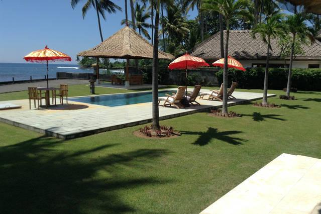 Absolute beach front property in front Surfing Spot - TOTAL FRONT BEACH VILLA IN JASRI AREA - Karangasem - rentals
