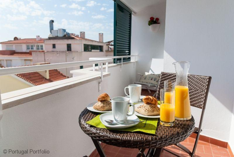 Casa do Alto - Cascais Holiday Apartment Rental - Image 1 - Cascais - rentals