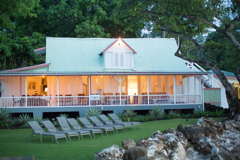 Llantrissant Beachcliff Villa - A 2013 Flipkey Silver Award Winner - Negril - rentals
