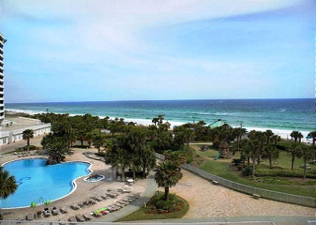 LUXURY BEACHFRONT CONDO FOR 8! OPEN WEEK OF 3/7 - TAKE 30% OFF - Image 1 - Destin - rentals