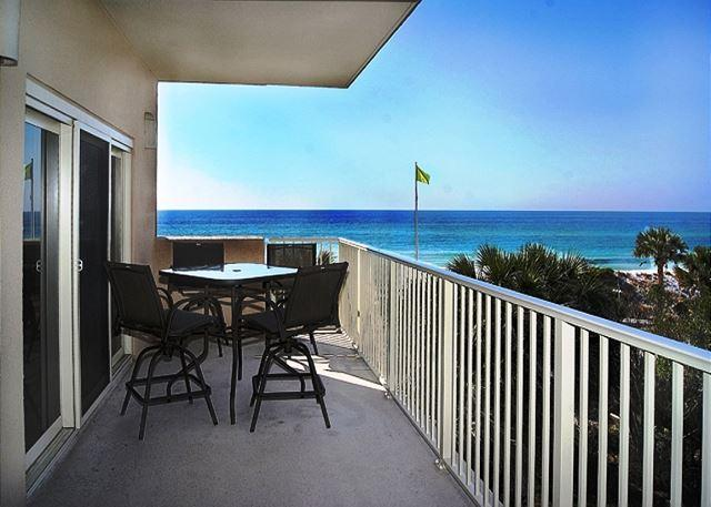 BEAUTIFUL CONDO FOR 4! BEACHFRONT VIEWS! OPEN 5/30-6/6!ONLY $2429.87 + FEES! - Image 1 - Destin - rentals
