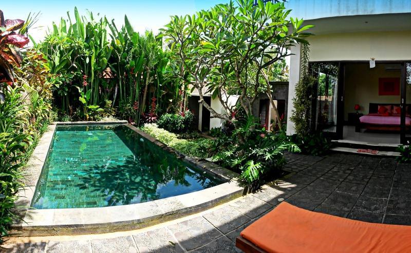 Romi Villa... Get Comfortably Lost in Ricefields - Image 1 - Canggu - rentals