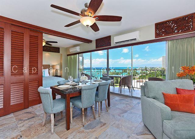 Luxury 2 bed/2 bath corner Waikiki Shore condo w/ocean views! Free parking! - Image 1 - Waikiki - rentals
