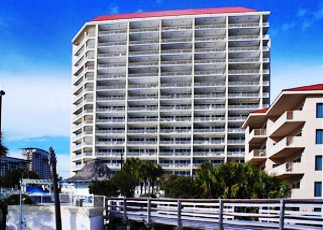 POOL & BEACH VIEWS! SLEEPS 8! TAKE 20% OFF APRIL STAYS! - Image 1 - Destin - rentals