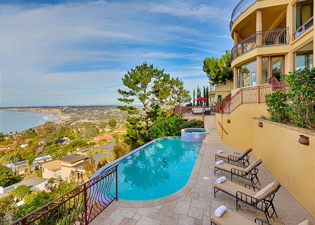 Welcome to Stunning Sunsets estate of La Jolla!  - Call For Special Rates!  Absolutely awe-inspiring whitewater ocean views - La Jolla - rentals