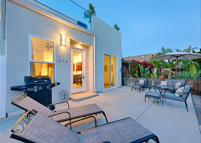 Spacious private patio - 15% OFF FEB - Brand New Condo, Steps from Beach &Bay, Spacious Private Patio - San Diego - rentals