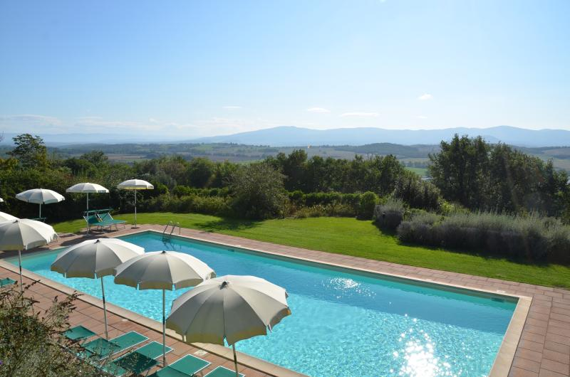 view on Siena hills - Charming Cottages with Gorgeous Views in Tuscany - Casole d Elsa - rentals