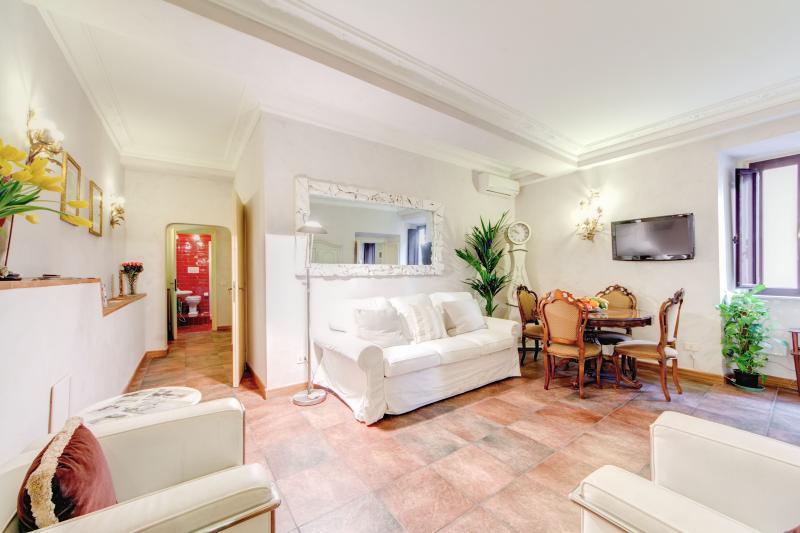 CAMPO DE' FIORI - SILENT DREAM - Image 1 - Rome - rentals