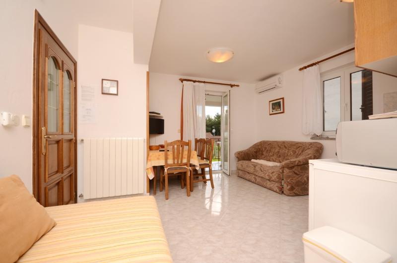 Apartments Bruna - 43501-A3 - Image 1 - Porec - rentals