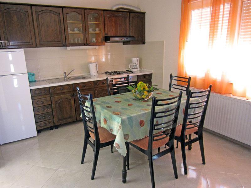 Apartments Marin - 43771-A2 - Image 1 - Trogir - rentals