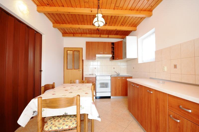 Apartment Marija - 65311-A1 - Image 1 - Lopar - rentals