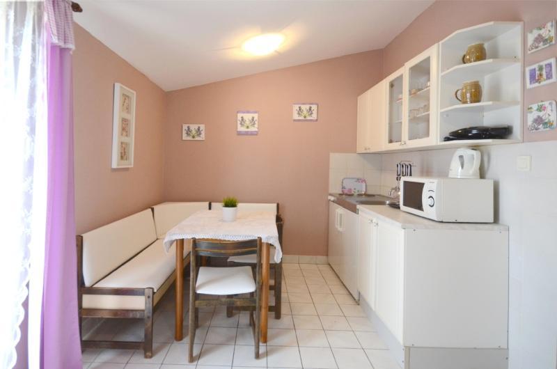 Apartments Jelica - 70431-A2 - Image 1 - Liznjan - rentals