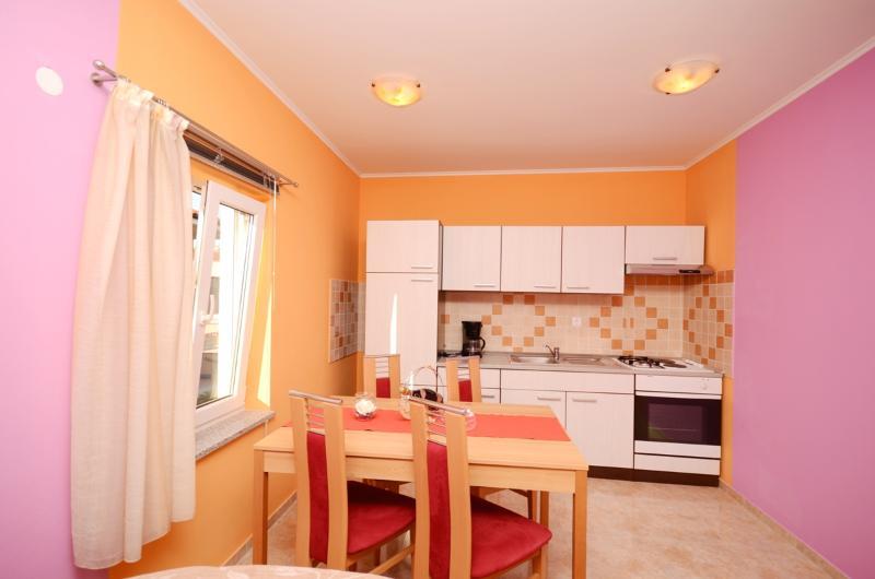 Apartments Stana - 73361-A1 - Image 1 - Fazana - rentals