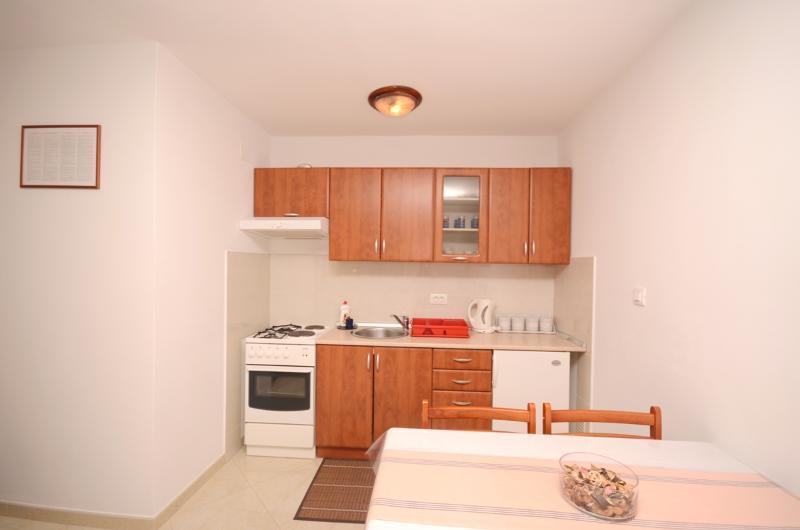 Apartments and Room Mirjana - 75111-A1 - Image 1 - Rovinj - rentals