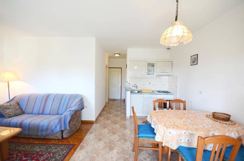 Apartments Stevo - 75961-A2 - Image 1 - Umag - rentals
