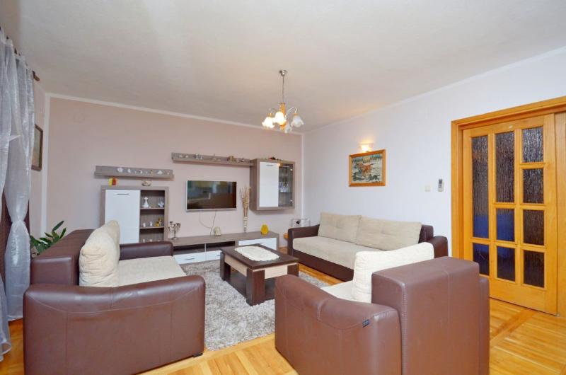 Villa Kristina - V2151-K1 - Image 1 - Makarska - rentals