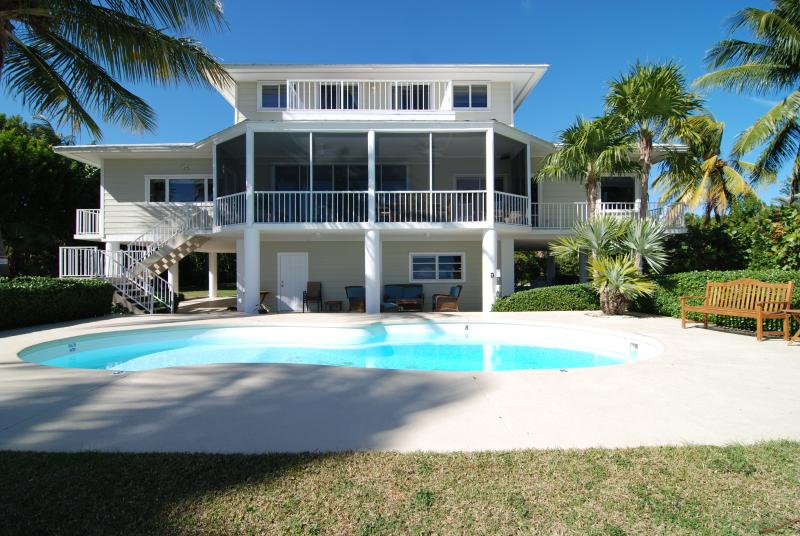 Back of the estate on 200' of Oceanfront - Southern Diversion Islamorada  Great Wedding Venue just renovated - Islamorada - rentals