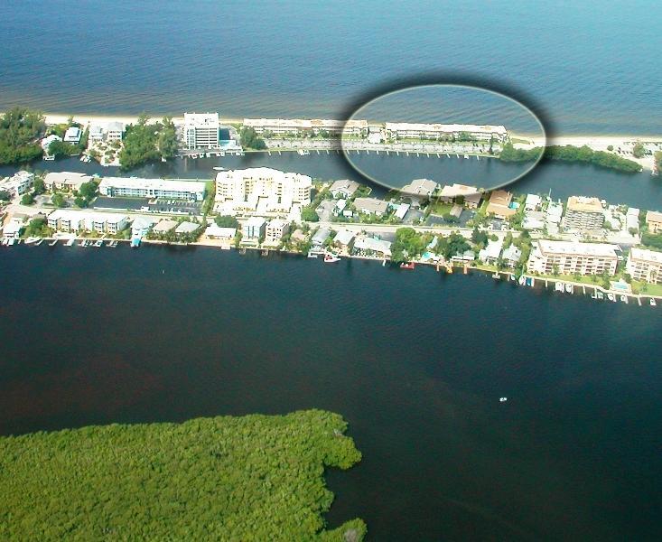 Aerial view of this Fisherman's Cove condo at Turtle Beach on Siesta Key Florida - Beachfront - SIESTA KEY - 2B/2B - Pool -Boat Docks - Siesta Key - rentals