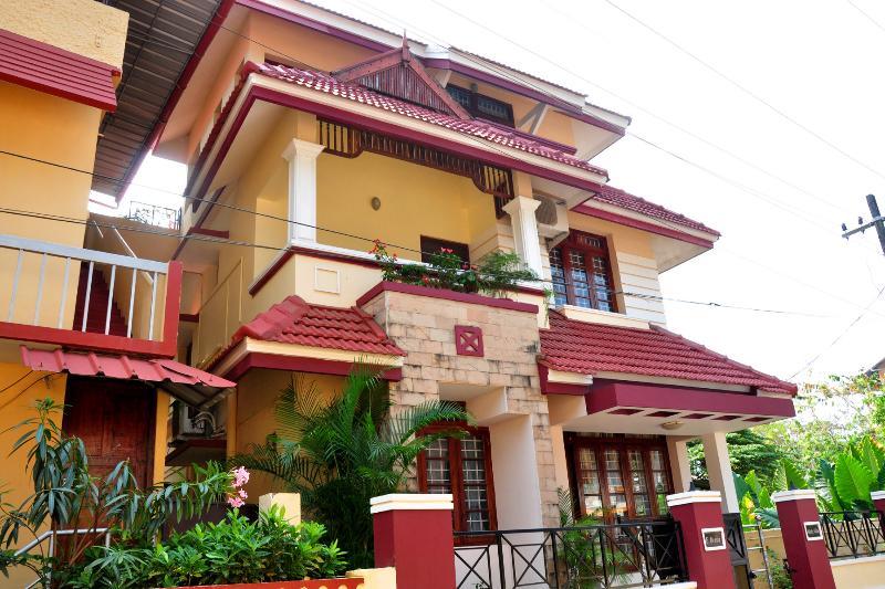 Micky Villa Front View - Mickyvillahomestay - Vypin Island - rentals