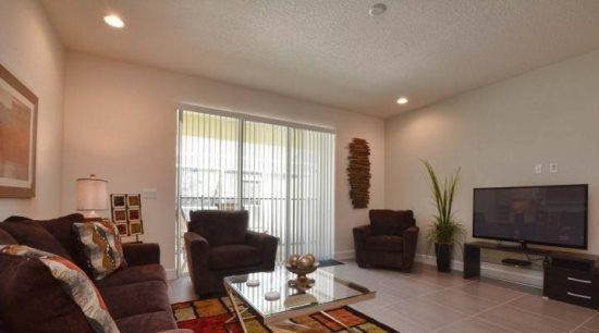 3 Bedroom 3 Bathroom Townhome with Splash Pool. 17427PA - Image 1 - Orlando - rentals